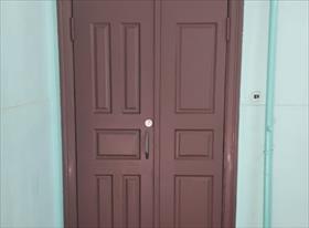 изготовление дверей нестандартный размеров из массива хвойных пород
