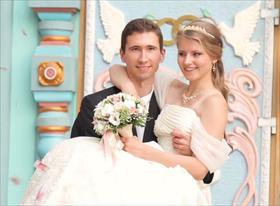 Свадьбы (я занимался режиссурой съёмки своей свадьбы, а так же осуществлял монтаж))