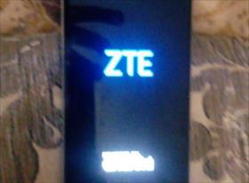 3. Замена аккумулятора ZTE AXON 7