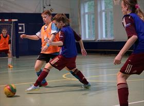 школьный футбол (девушки)