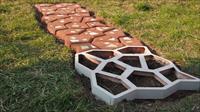 Как сделать тротуарную плитку в домашних условиях?